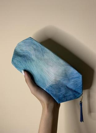 Biotherm голубая косметичка