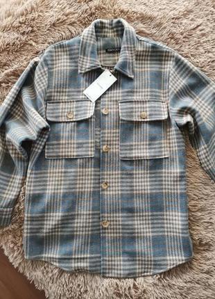 Новая куртка рубашка пальто с биркой