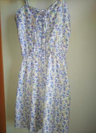 Жіноча літня сукня міні