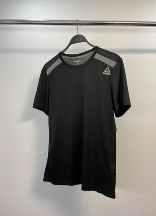 Reebok чоловіча спортивна футболка