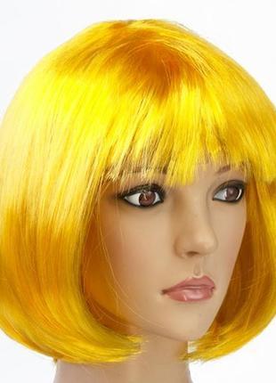 Парик маскарадный каре желтый