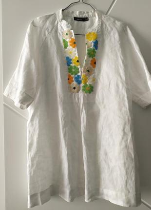 Лляна оверсайз подовжена сорочка на короткий рукав з вишивкою бісером