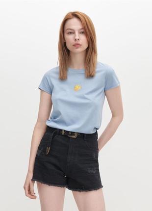 Новая трендовая футболка