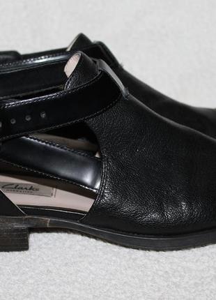 Туфли clarks  кожаные 41р