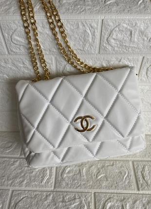 Нова сумка білого кольору