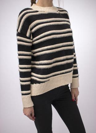 Оригинальный объемный  с шерстью 10 %  оверсайз свитер h&m