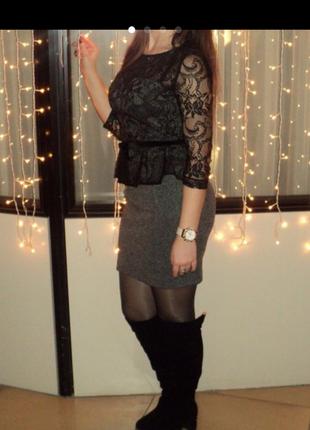 Вечернее платье с кружевом bovona