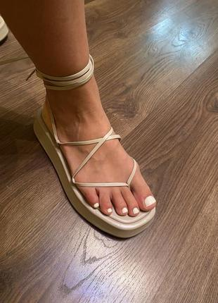Боссоножки zara кожа сандали