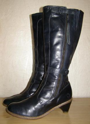 Элегантные высокие сапоги бренда dr.martens, 39,5р. натуральная кожа+цвет,британия
