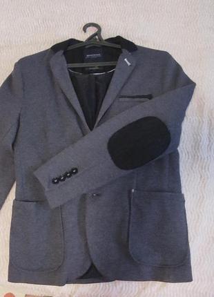 Мужской пиджак на подростка
