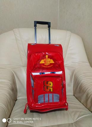 Фирменный чемодан disney.оригинал