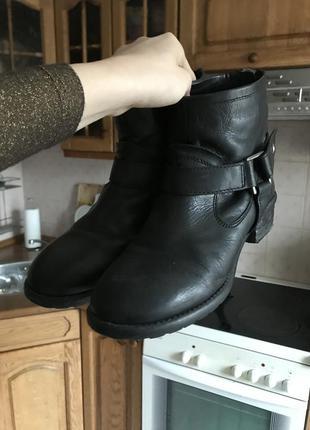 Ботинки/ сапожки чёрные кожаные asos