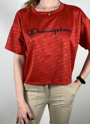 Чудова укорочена футболка-champion monogram оригінал