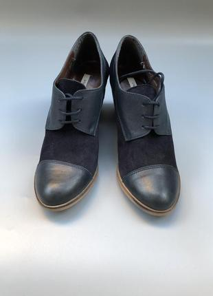 White stuff ботинки демисезон броги демисезонные туфли на шнуровке на блочном каблуке rundholz owens