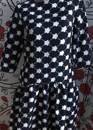 Новое платье р. 44
