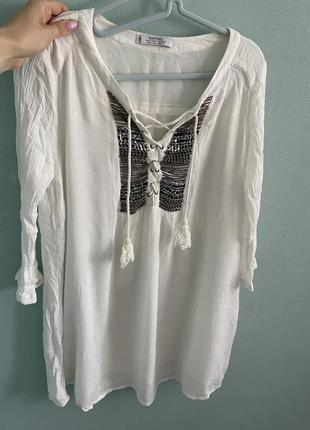Платье -туника с вышивкой
