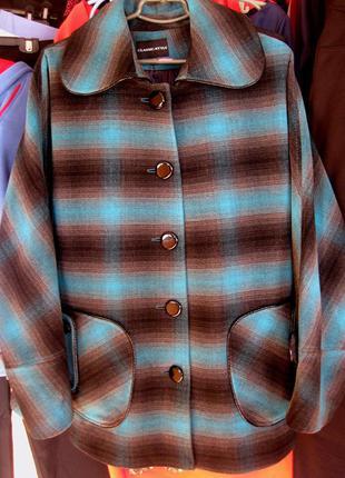 Отличная кашемировая куртка 50-52рр