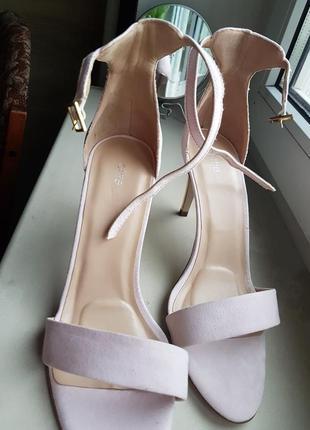 Туфли босоножки замшевые бежево розовые