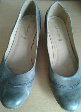 Черная пятница! серые кожаные туфельки на широкую большую ножку, 28 см