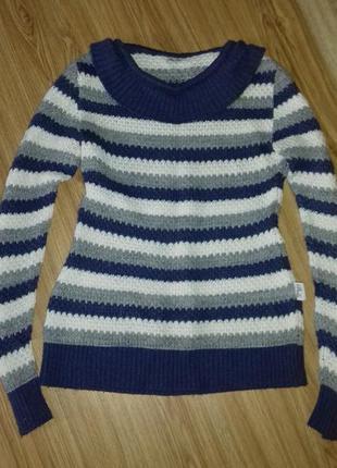 Мягкий удлиненный свитерок