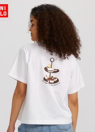 Укороченная широкая красивенная футболка