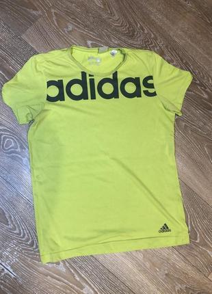 Футболка adidas (m)