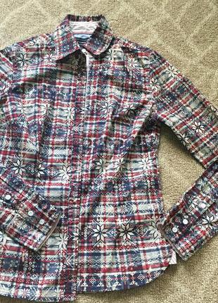 Стильная рубашка из плотного коттона