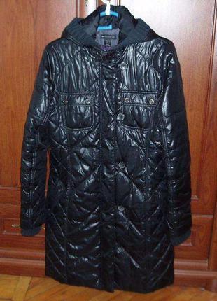 Пальто чёрное стёганое на синтепоне фирмы mango
