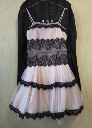 Платье с пушистой юбкой. возможен торг