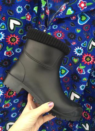 Резиновые сапожки ботинки на флисе новые