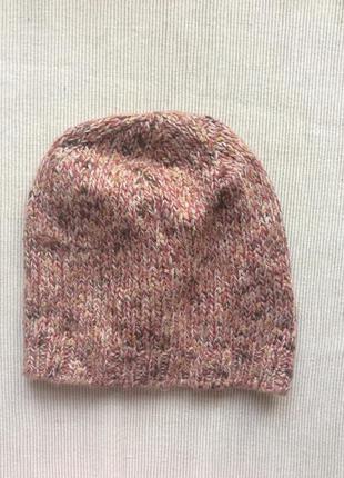 Классная вязаная шапка