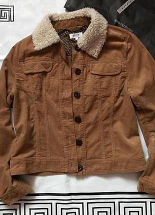 Трендова куртка від linea