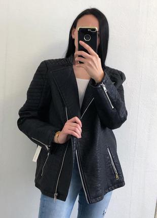 Стильная добротная осенняя  курточка косуха  из эко кожи