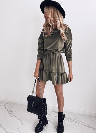 Платье велюровое хаки зеленое