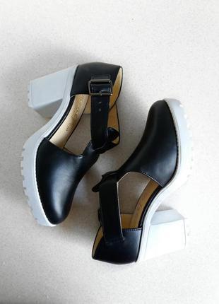 Актуальные, стильные и модные ботиночки asos truffle collection
