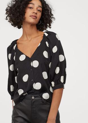 Блуза блузка топ с пышными рукавами буфами футболка черный в горошек горохи на пуговицах вискоза h&m р.44-46