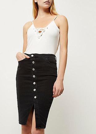 Черная джинсовая ассиметричная юбка миди river island