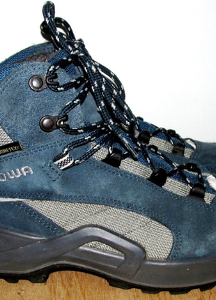 Фирменные тёплые ботинки
