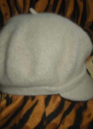 Супер кепка бежевый мохер,чехия,52%ангора,25%шерсть,23%нейлон,58-59см.