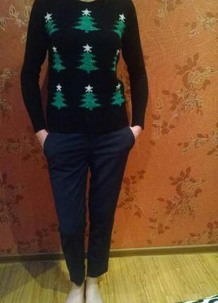 Очень милый свитер в ёлеки