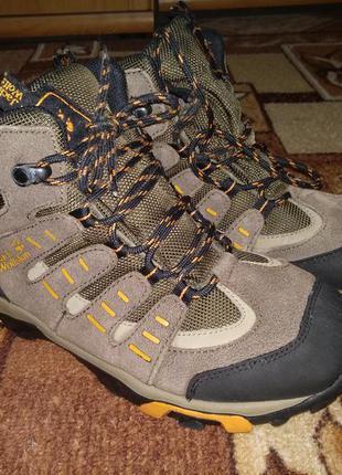 Крутые термо ботинки jack wolfskin 24 см