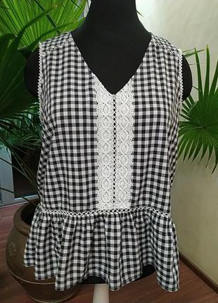 Хлопковая блуза без рукавов с кружевом и оборкой, батал, 24-26 размер