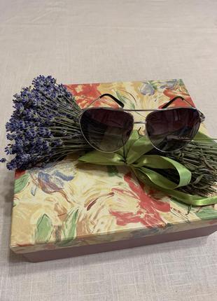 Трендовые очки-авиаторы с градиентом