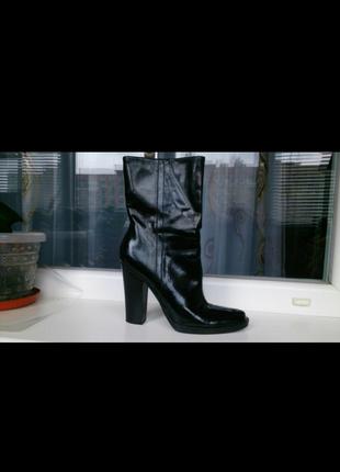 Лаковые ботиночки сапожки