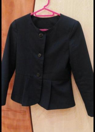 Пиджак р.134-140 см