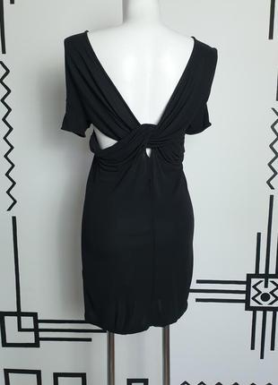 Маленькое черное платье acne