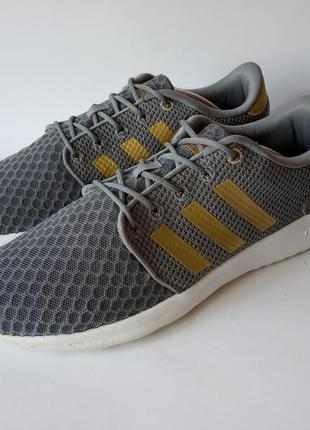 Кросівки adidas оригінал розмір 40 (25,5 см) стан відмінний!