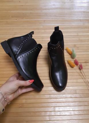 Акція! ботильйони черевики черевички сапожки c&a