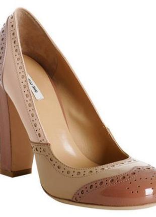 Лакированные туфли miu miu в винтажном стиле в стиле пэчворк