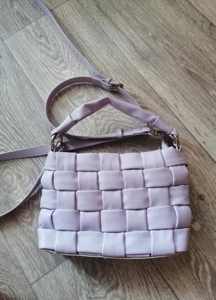 Плетёная сумочка багет